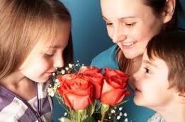0 0 heart mothersday_shutterstock_167778515 (74)