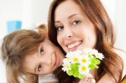 0 heart mothersday_shutterstock_167778515 (73)