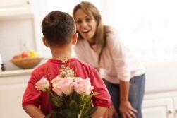 00 heart mothersday_shutterstock_167778515 (10)