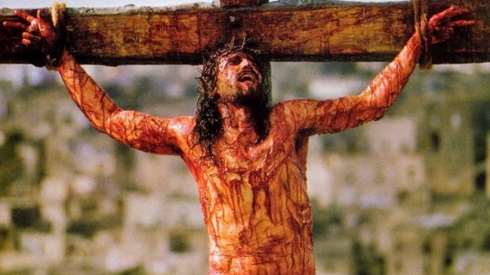 1 the-passion-of-the-christ-2004-crucified-1